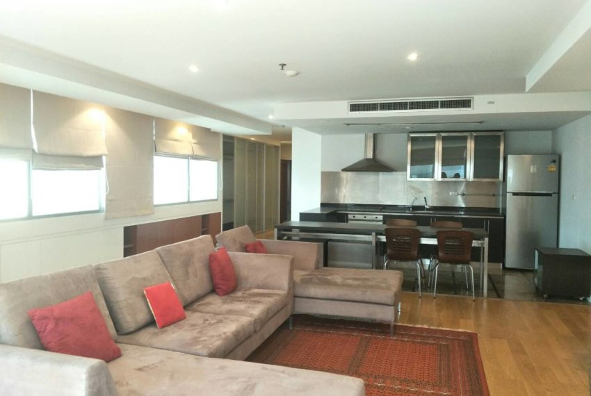 Asoke Place-sale-living room1