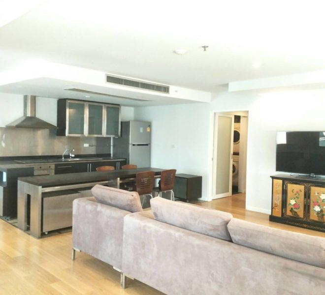 Asoke Place-sale-living room2