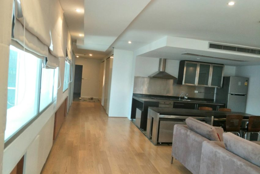 Asoke Place-sale-living room3