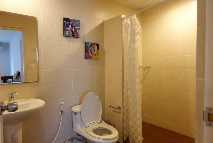 Asoke-Tower-1-bedroom-rent-bathroom