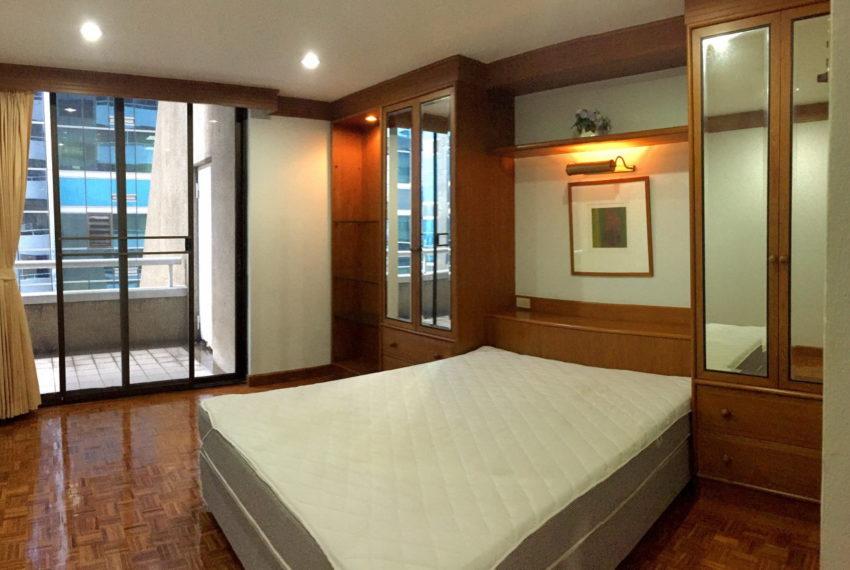 Asoke-Tower-Sale-3-bedroom-mid-floor-bed