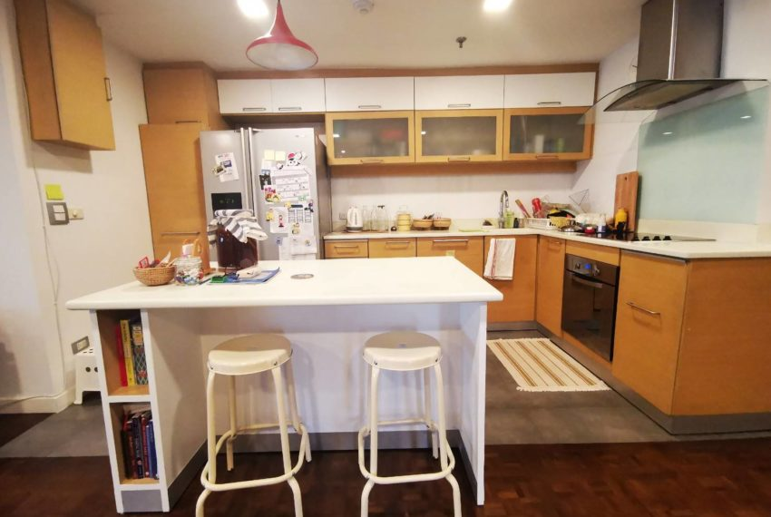 Asoke Tower _Sale_3 beds 2 baths_Kitchen 2