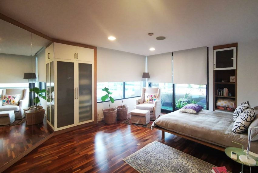 Asoke Tower _Sale_3 beds 2 baths_Master bedroom 3