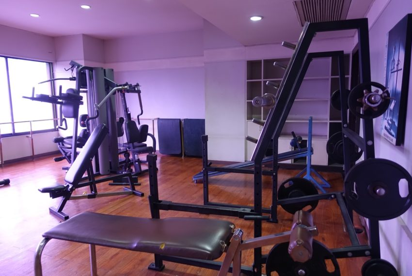 Asoke-Tower-gym
