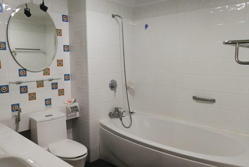 Asokeplace-1b1b-Bathroom1.1