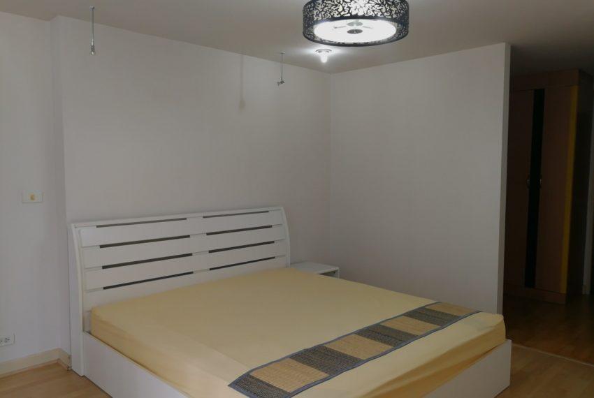 Asokeplace-1b1b-Bedroom