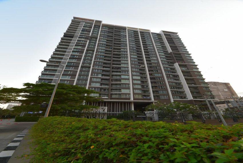Aspire Rama 9 condominium - high-rise