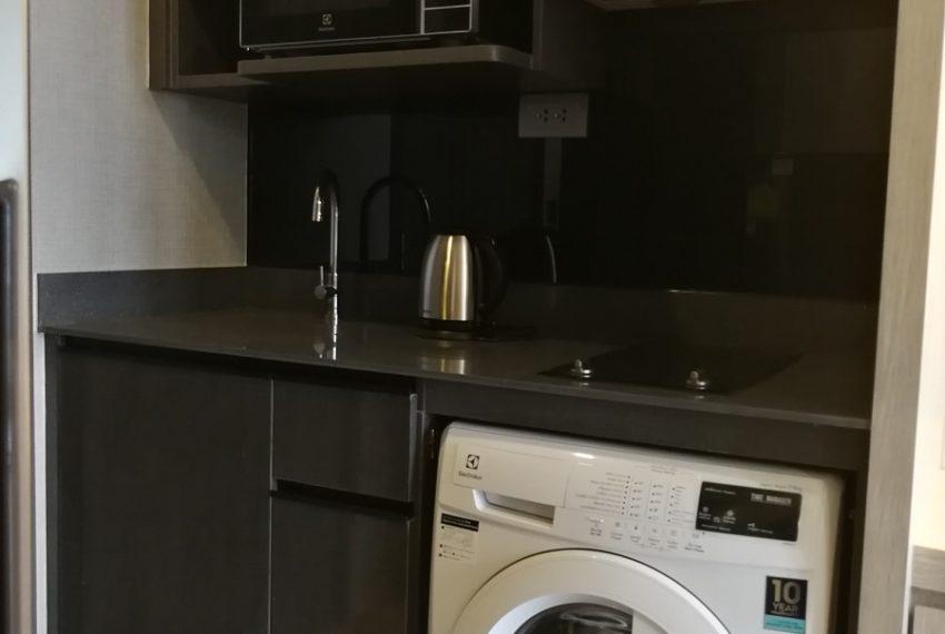 Aston_Asoke-1b1b-Kitchen1.1
