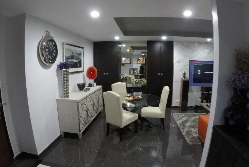 Avenue 61 - 2bedroom - Sale - living