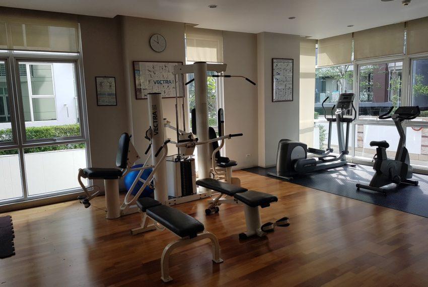 Avenue 61 low rise condominium - fitness