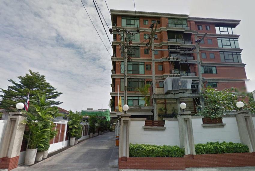 Baan Ananda Sukhumvit 61 - low-rise