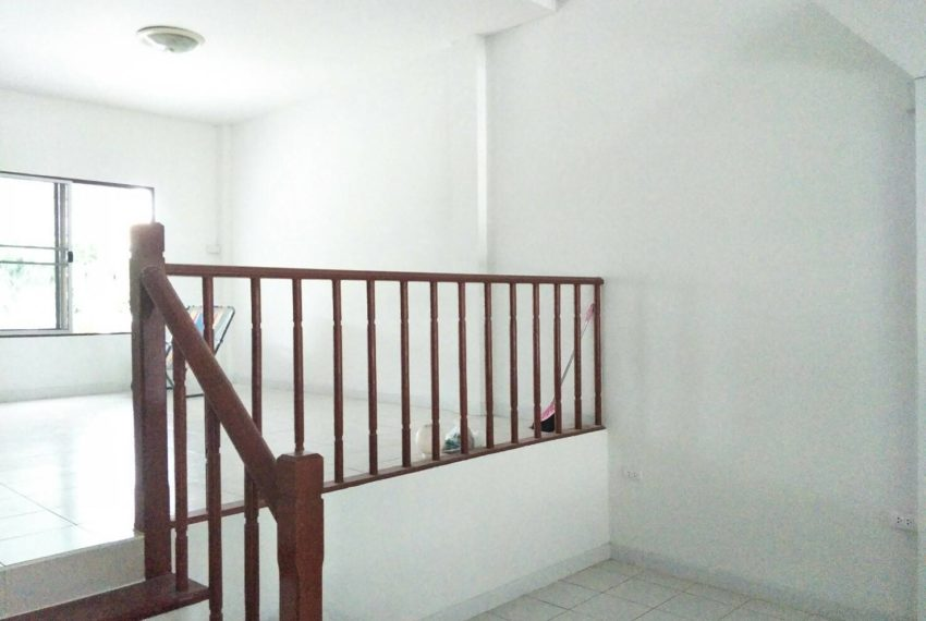 Baan Klang Muang- livingroom1