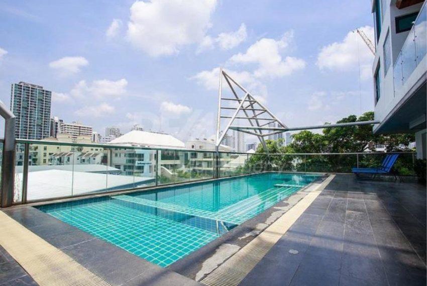 Baan Saraan Sukhumvit 31 - swimming pool