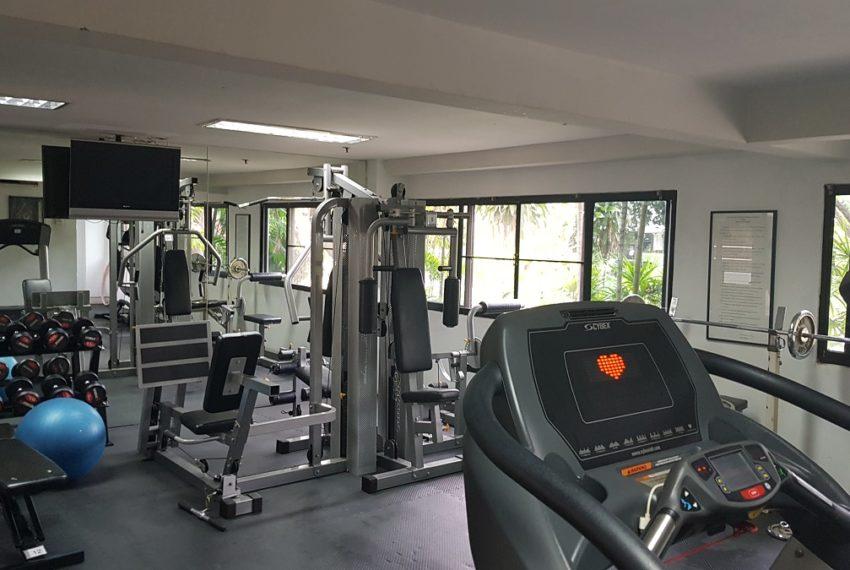 Baan Sathorn condominium - fitness