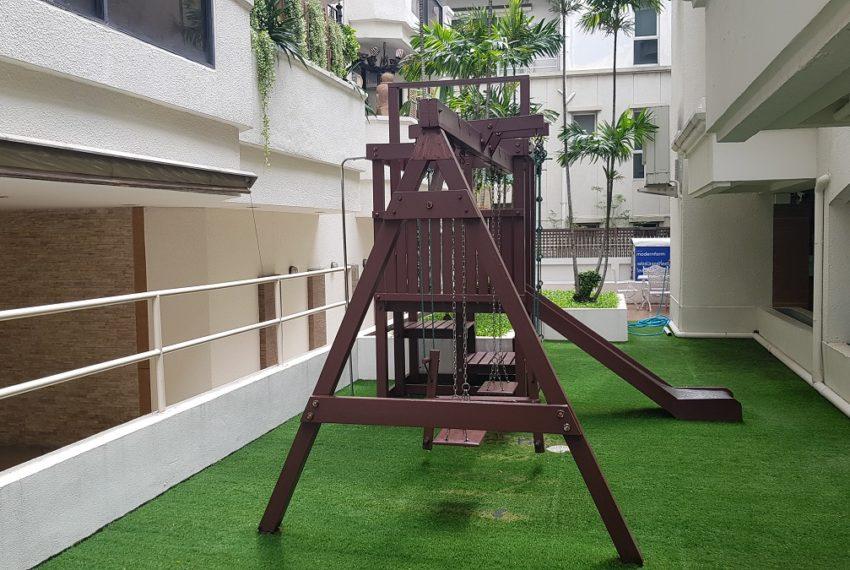 Baan Sathorn condominium - playground