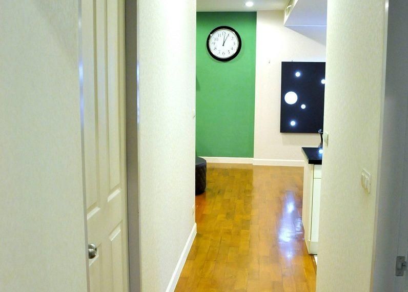 Baan Siri 31 Asok Phrompong Condominium - corridor
