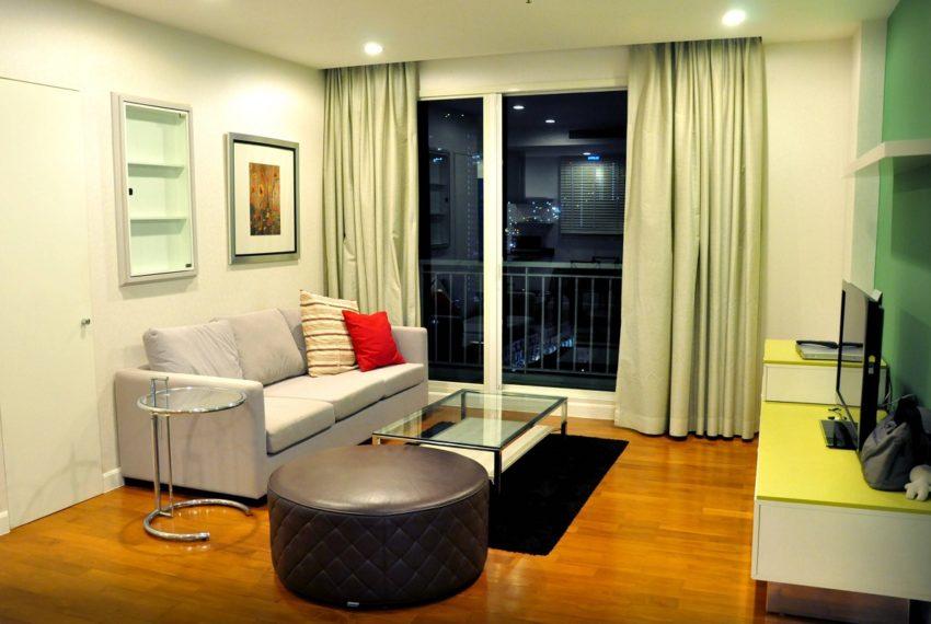 Baan Siri 31 Asok Phrompong Condominium - living room