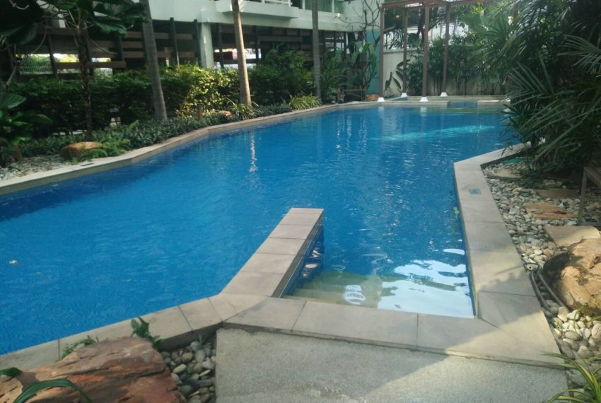 Baan Siri Sukhumvit 10 - swimming pool
