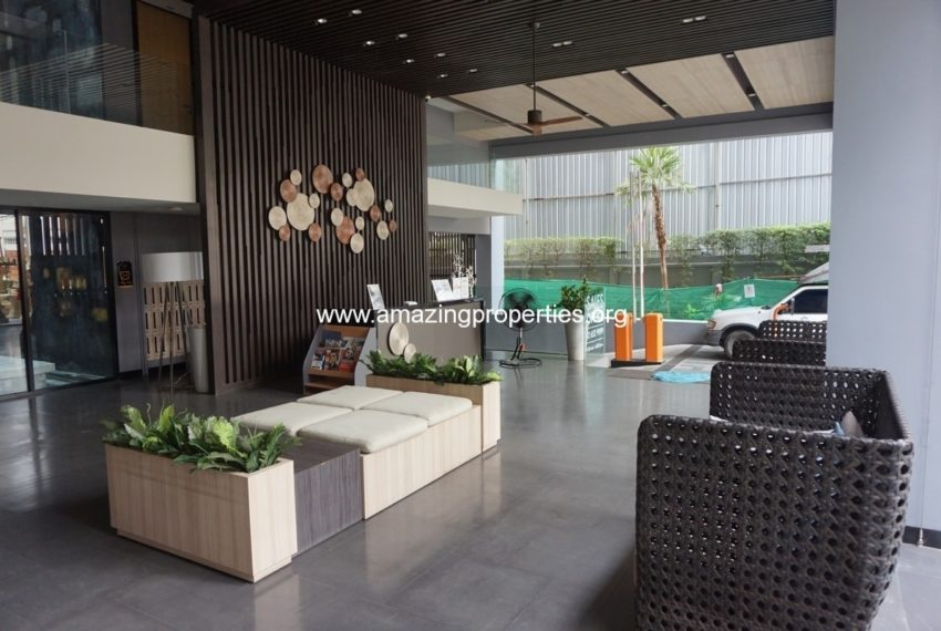 Baan Siri Sukhumvit 13 condo - lobby