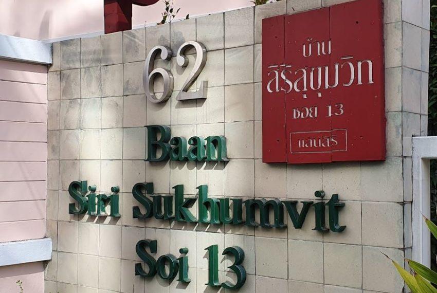 Baan Siri Sukhumvit 13 condominium - sign