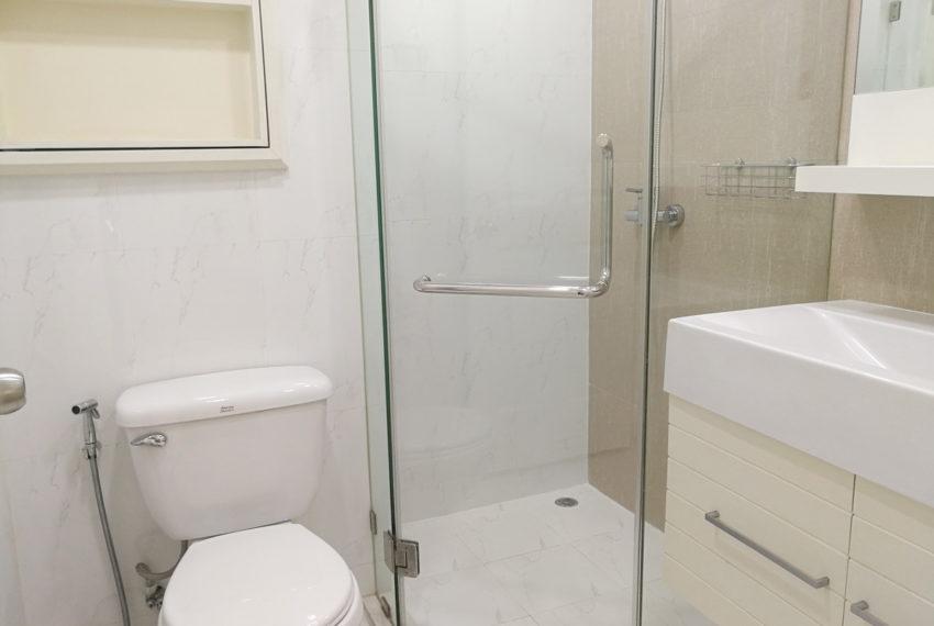 BaansiriSoi31_3b3b_Bathroom1.1
