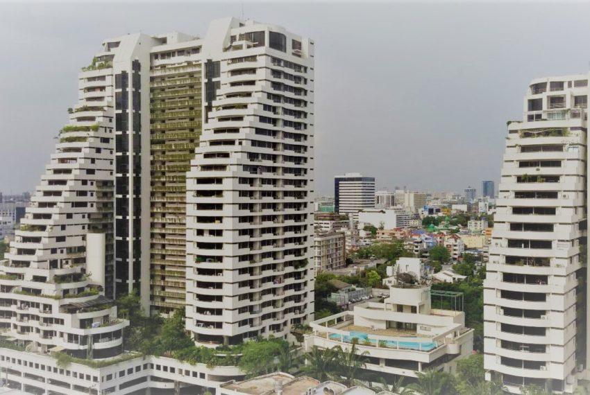 Ban Phrompong building 01