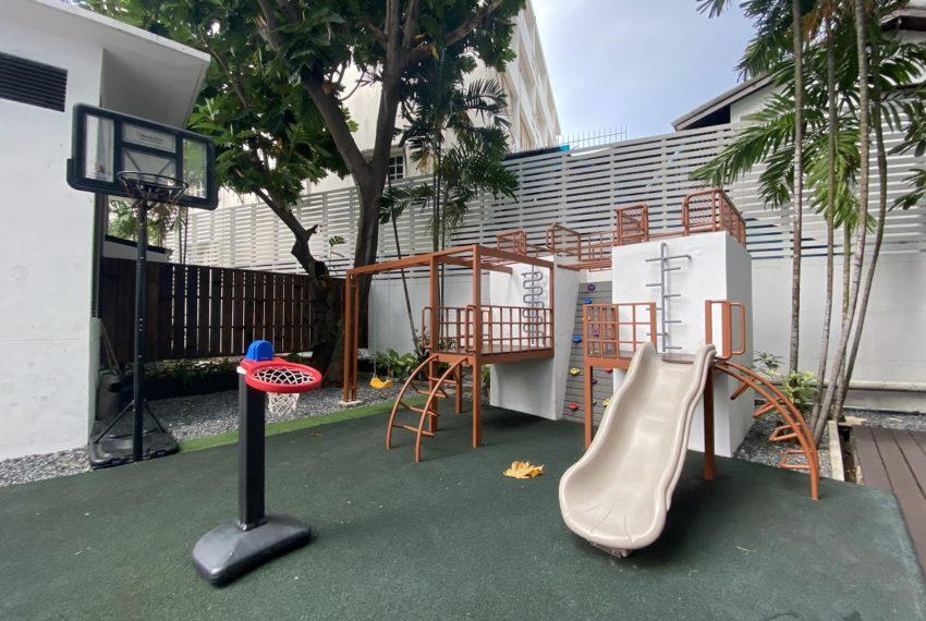 Belgravia Residences - playground