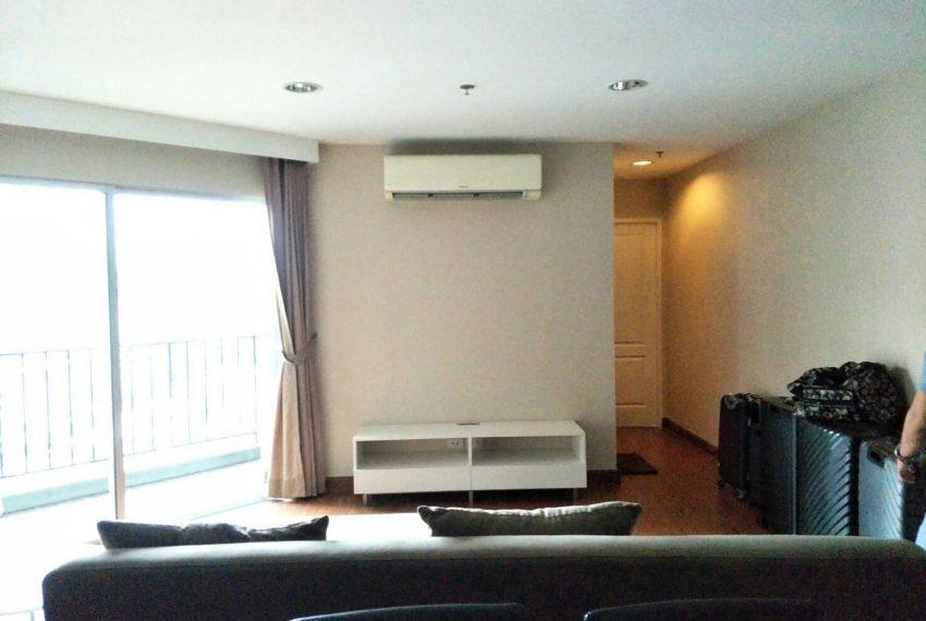 Bell Avenue-sale-livingroom-