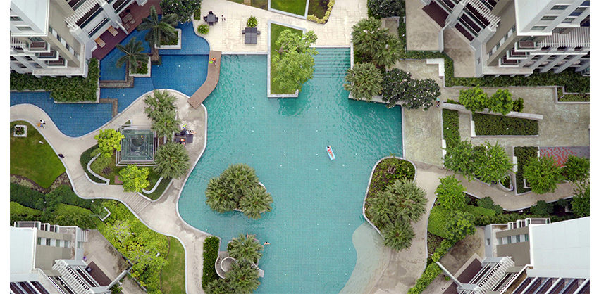 Belle Grand Rama 9 - swimming pools