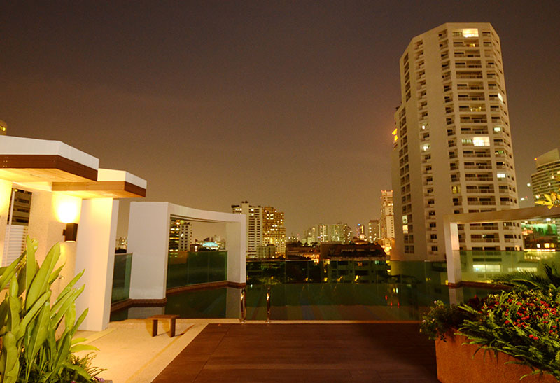 Beverly 33 condo - rooftop