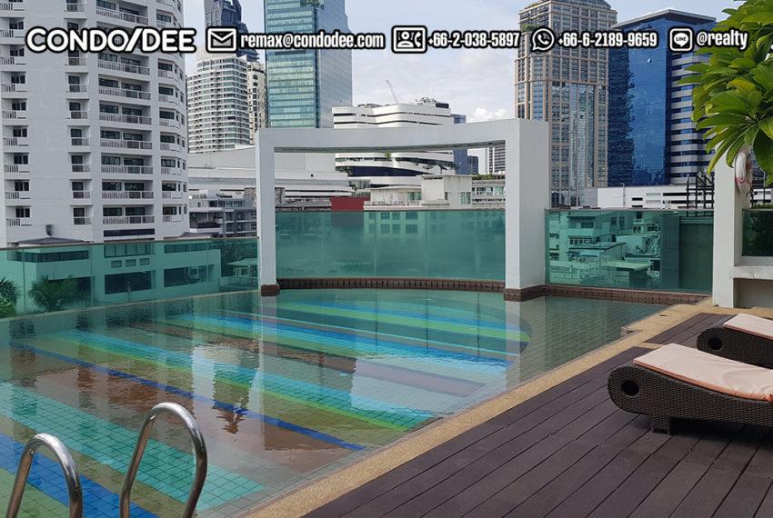 Beverly 33 condominium - pool