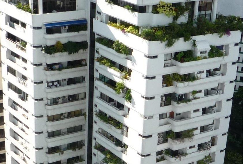 Beverly Tower Sukhumvit 13 - building