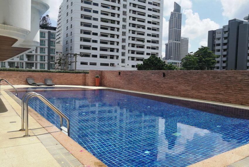 Beverly Tower Sukhumvit 13 - pool