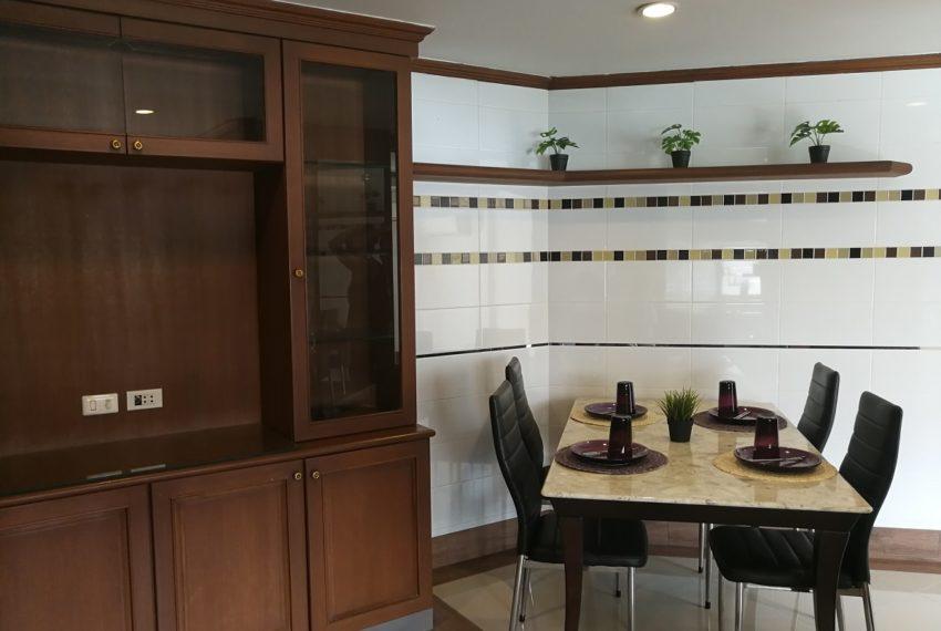 Beverly_2b2b_diningroom