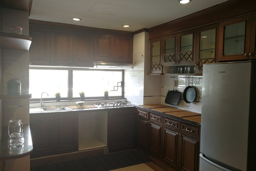 Beverly_2b2b_kitchen
