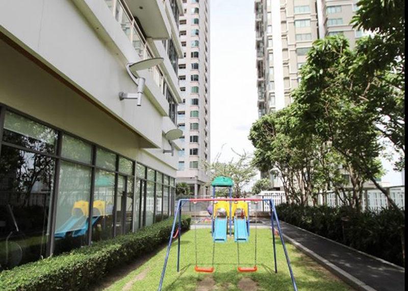 Bright Sukhumvit 24 condominium - kids garden