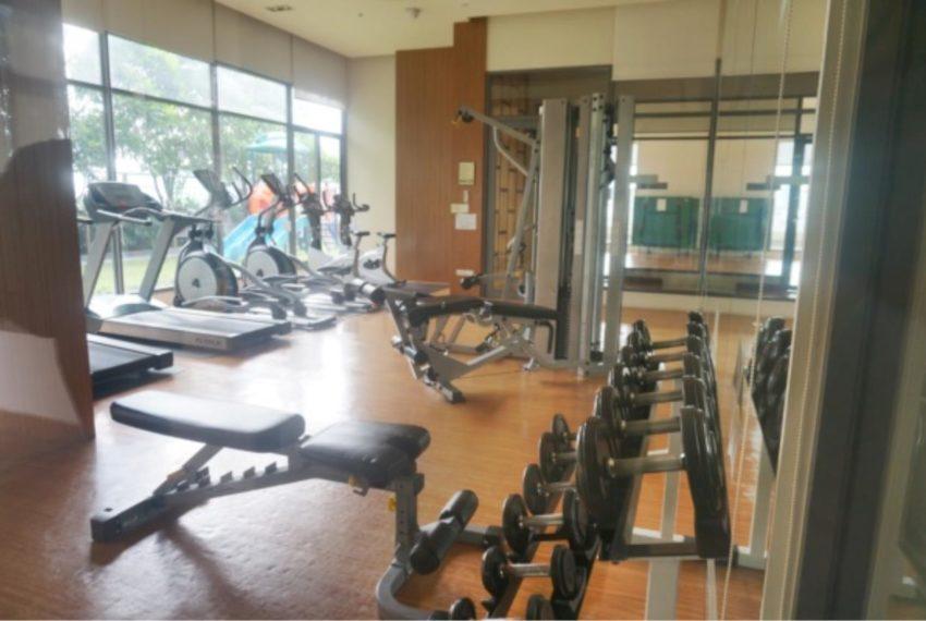 Bright Sukhumvit 24 condominium near EMQuartier - gym