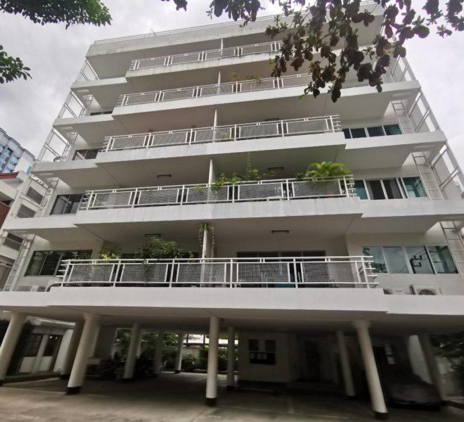 CS Villa Sukhumvit 61 - building