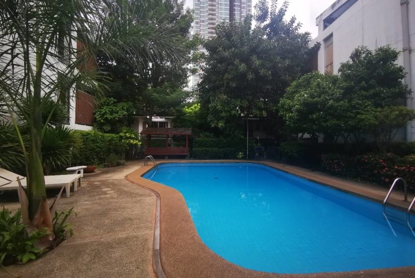 CS Villa Sukhumvit 61 - pool