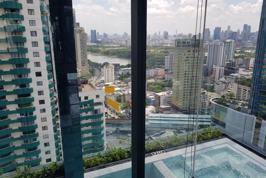 Celes Asoke condominium - gym pool view