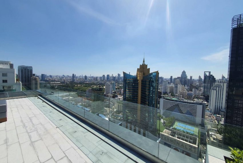 Celes Asoke condominium - high-rise