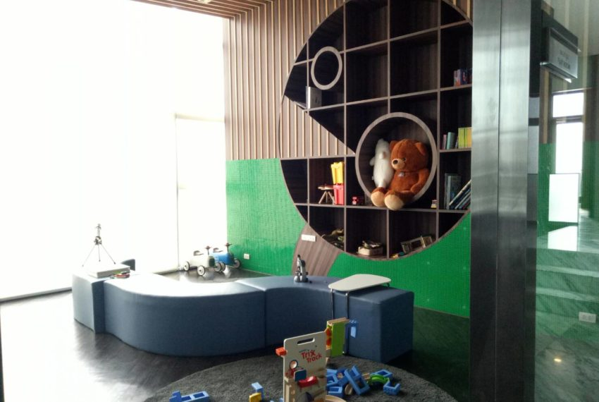 Chewathai-Residence-Asoke-Kids-Playroom