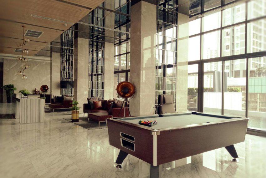 Chewathai-Residence-Asoke-Pool-Table