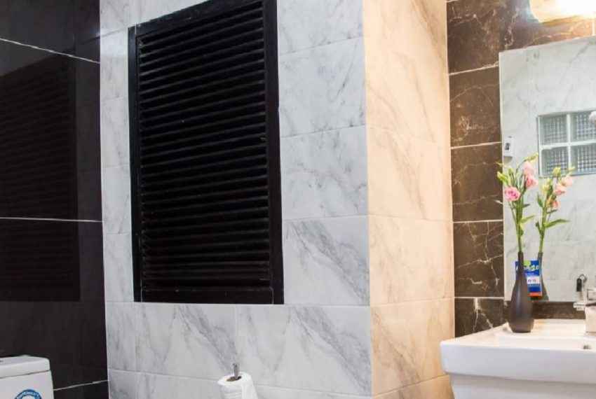 Chicha bathroom 1-rent