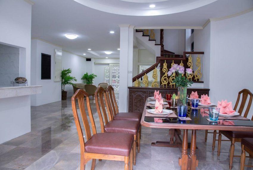 Chicha dining room 2-rent
