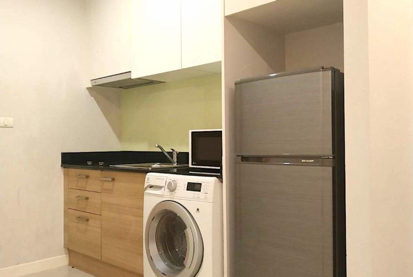 Circle Condominium Phetburi - Tower B_Kitchen