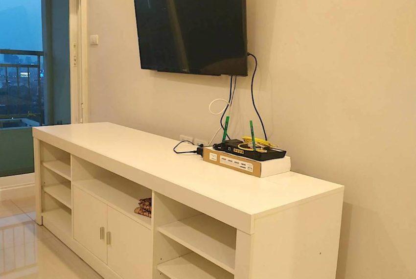 Circle Condominium Phetburi - Tower B_Living room2