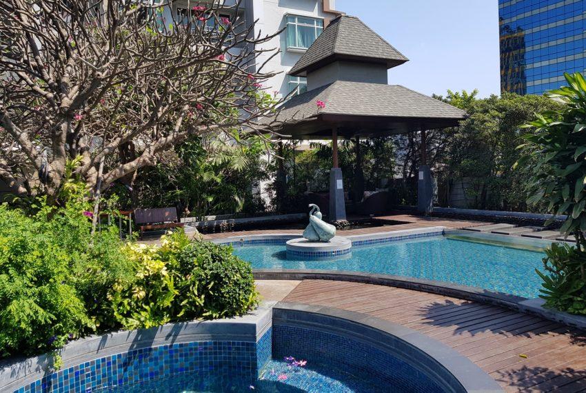 Circle Condominium Phetchaburi - garden