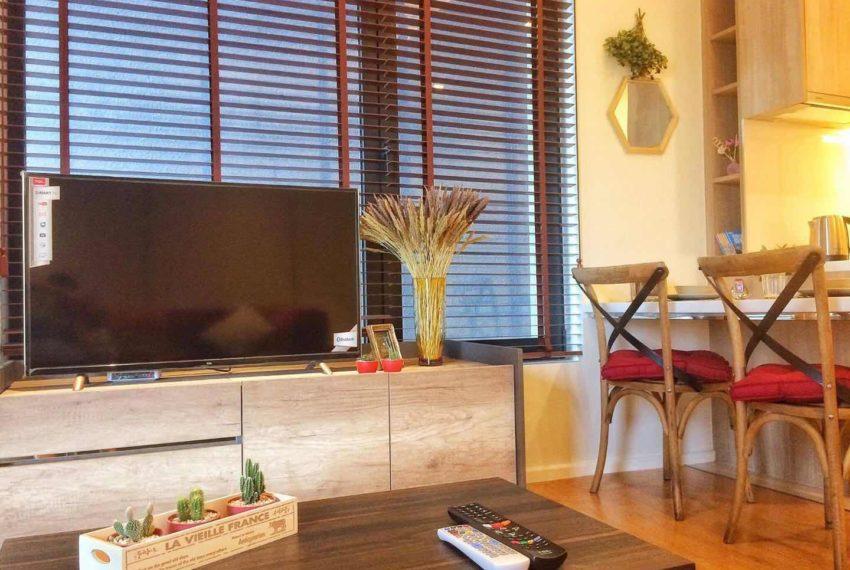 Circle-Living-Prototype-Top-Floor-Sale-Rent-1bedroom-flat-TV