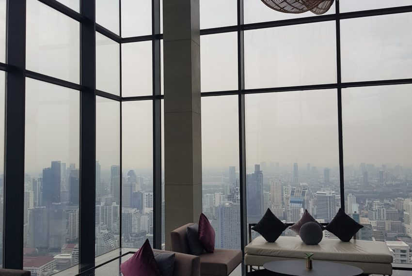 Circle Living Prototype - sky lounge view